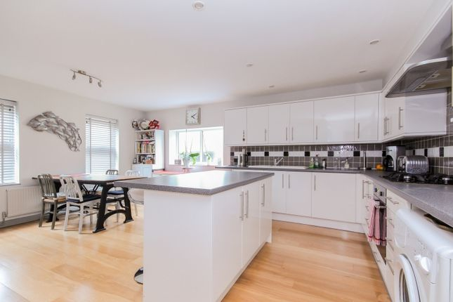 Thumbnail Semi-detached house to rent in Cassington Road, Yarnton, Kidlington