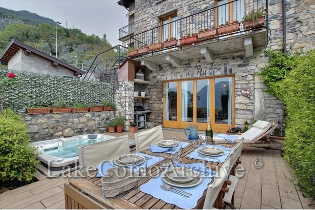 3 bed apartment for sale in Ossuccio, Lake Como, 22010, Italy