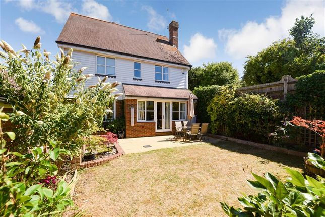Thumbnail Detached house for sale in Pollyhaugh, Eynsford, Kent
