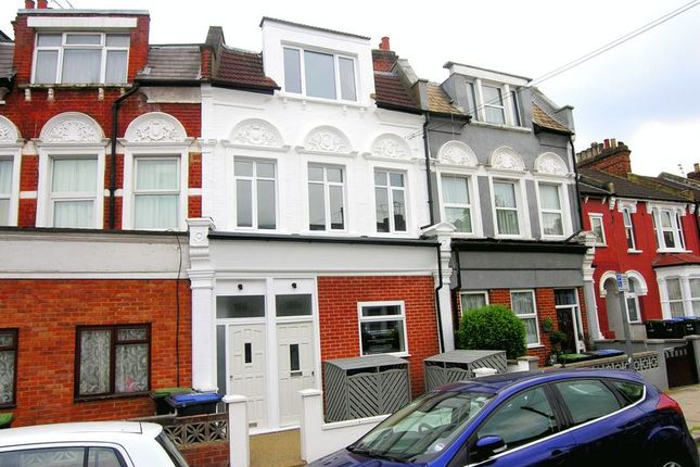 Thumbnail Flat for sale in Whittington Road, Bowes Park, London