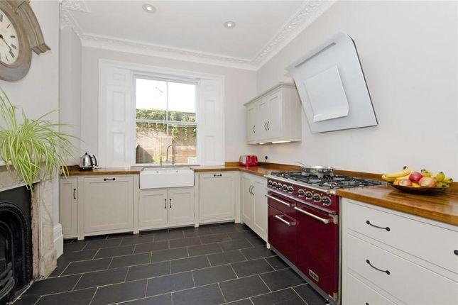 Thumbnail Property to rent in Whites Row, London