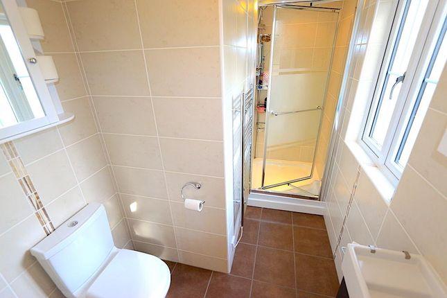 En-Suite of Towers Drive, Kirby Muxloe, Leicester LE9