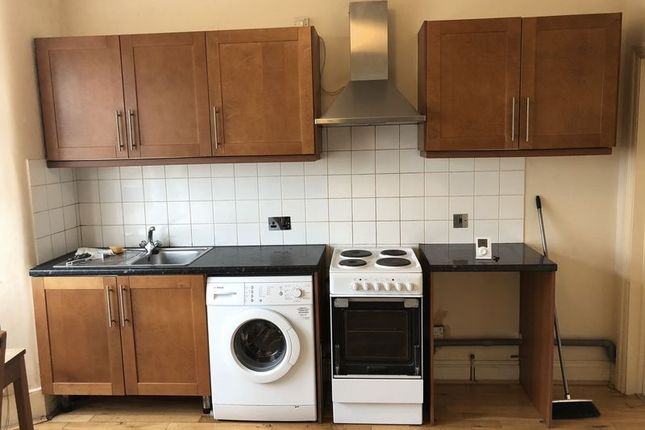 1 bed flat to rent in Woodlands Park Road, London