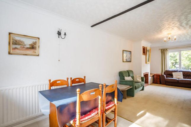 Thumbnail Town house to rent in Manor Lane, London