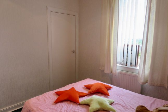 Bedroom of Coatbridge Road, Airdrie ML6