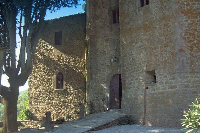 Entrance of Castello Neve Poggioni, Cortona, Tuscany