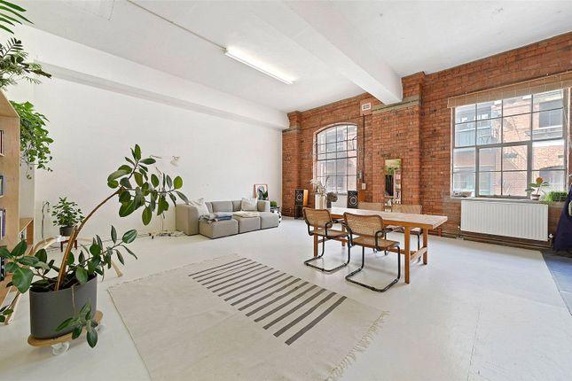 5 bed flat for sale in Fawe Street, London E14