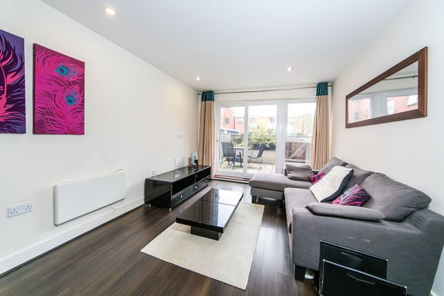 1 bed flat to rent in Rushley Way, Reading