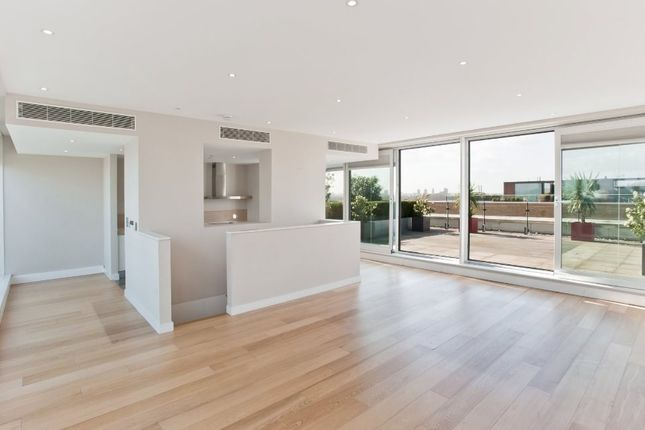 Thumbnail Flat for sale in Cubitt Building, Grosvenor Waterside, Chelsea