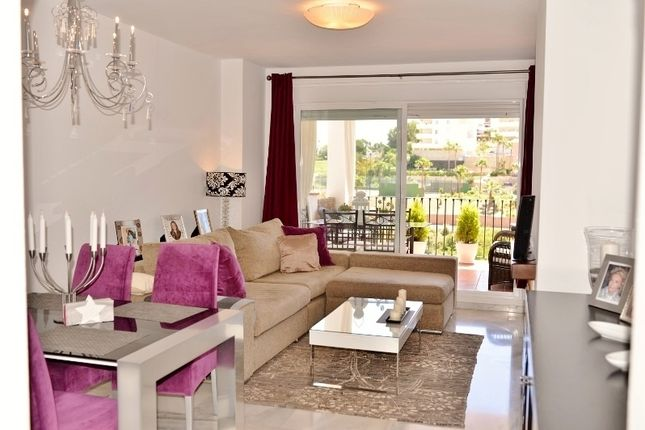 2 bed apartment for sale in Calle Cristal De Riviera Del Sol, Málaga, Andalusia, Spain
