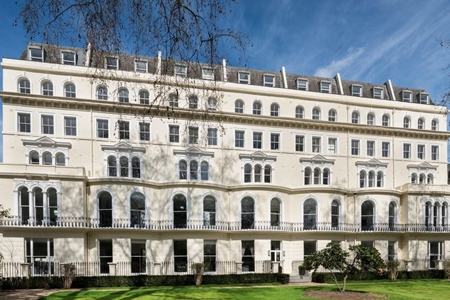 1 bed flat to rent in Garden House, London