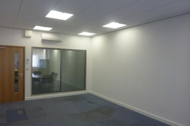 Thumbnail Office to let in Atlas Office Park, First Point, Doncaster