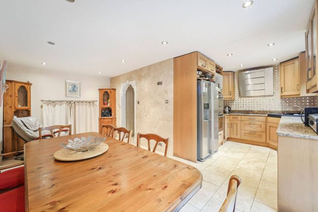 Thumbnail Flat for sale in Portland Square, Wapping, London