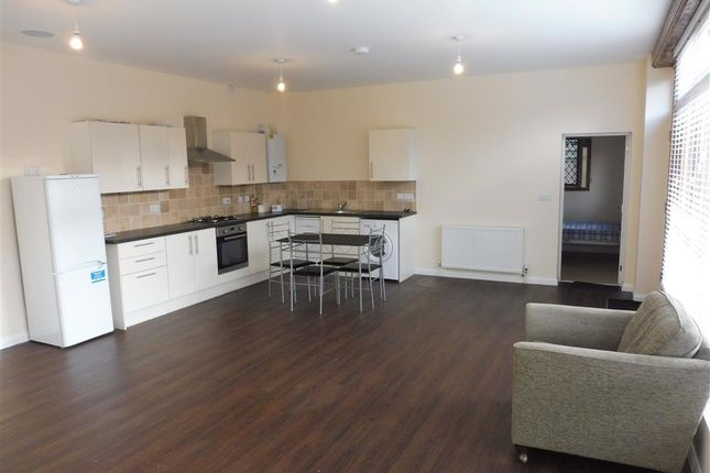 Thumbnail Property to rent in Chownes Mead Lane, Haywards Heath