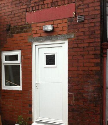 Thumbnail Flat to rent in Higher Swan Lane, Bolton