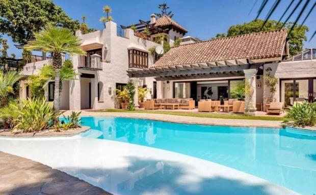Thumbnail Apartment for sale in Parcelas Del Golf, Nueva Andalucia, Costa Del Sol