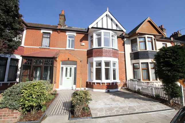 Thumbnail Terraced house to rent in Arundel Gardens, Goodmayes, Ilford