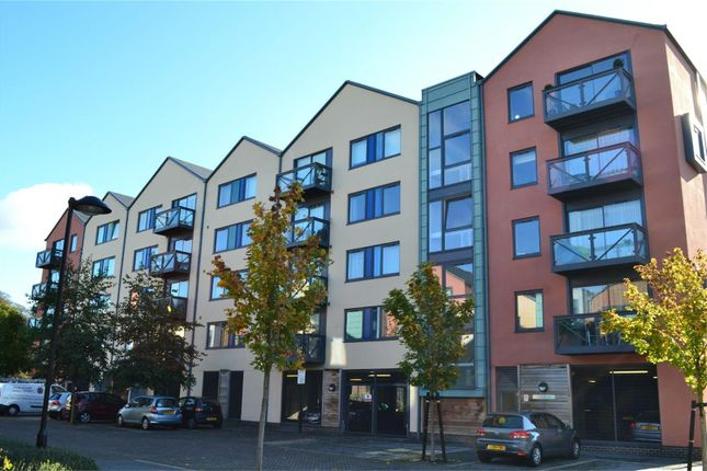 Thumbnail Flat to rent in Union Lane, Isleworth