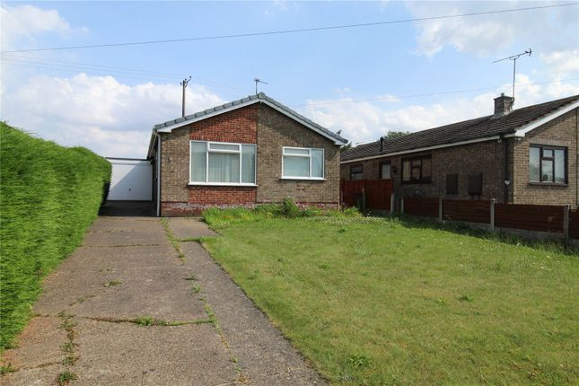 Thumbnail Bungalow for sale in Barlings Close, Scotter, Lincolnshire