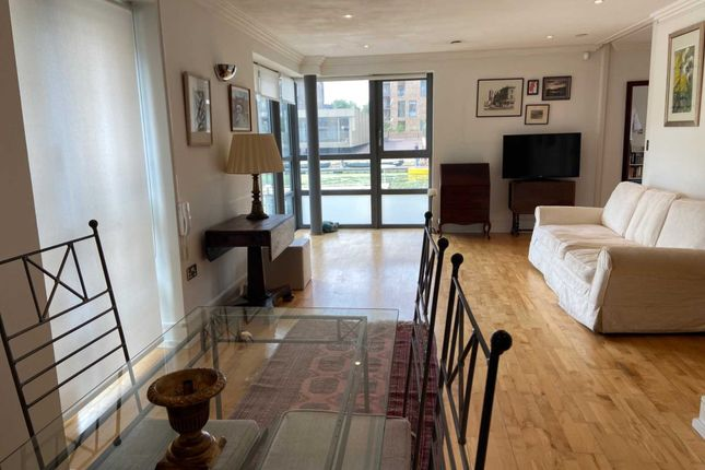 Thumbnail Flat for sale in The Island, Brentford