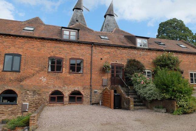 Thumbnail Barn conversion for sale in Middle Oast House, Baynhams Farm, Hereford Road, Ledbury, Herefordshire