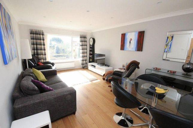 Thumbnail Flat to rent in Honiton Road, Romford