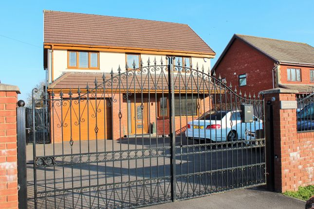 Thumbnail Detached house to rent in Mynydd Bach Y Glo, Waunarlwydd, Swansea