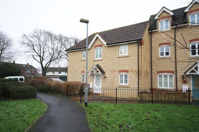 Thumbnail Maisonette to rent in Charlotte Court, King Edward Close, Calne