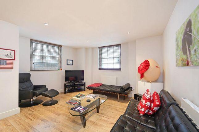 Thumbnail Flat to rent in Regency Street, London