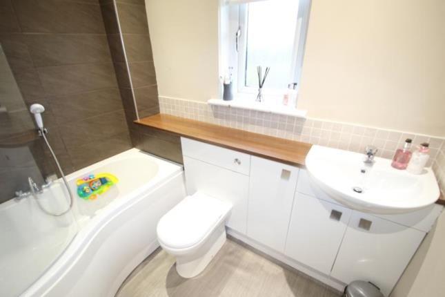 Bathroom of Leglen Wood Place, Robroyston, Glasgow G21