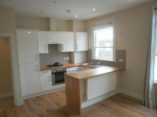 Flat to rent in Reighton Road, London