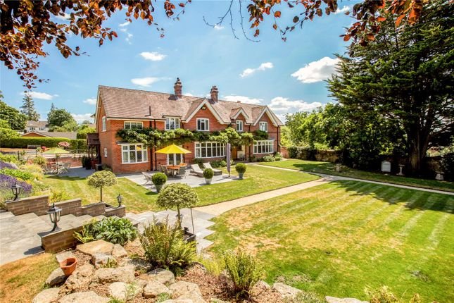 Thumbnail Property for sale in Yew Tree Close, Wimborne, Dorset