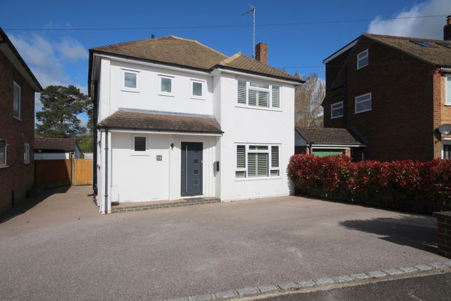 3 bed detached house for sale in Cootes Avenue, Horsham RH12