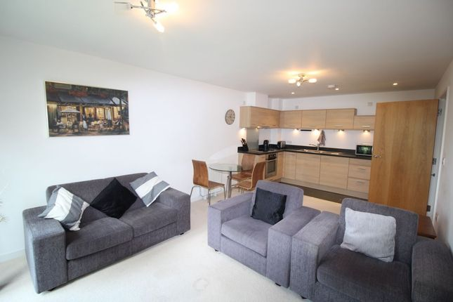 Thumbnail Flat to rent in Admiralty Road, Portsmouth