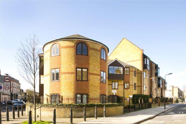 Thumbnail Flat for sale in Tottenham Road, De Beauvoir