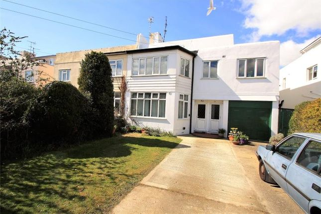 Thumbnail Flat for sale in Shaftesbury Avenue, Goring By Sea, Worthing