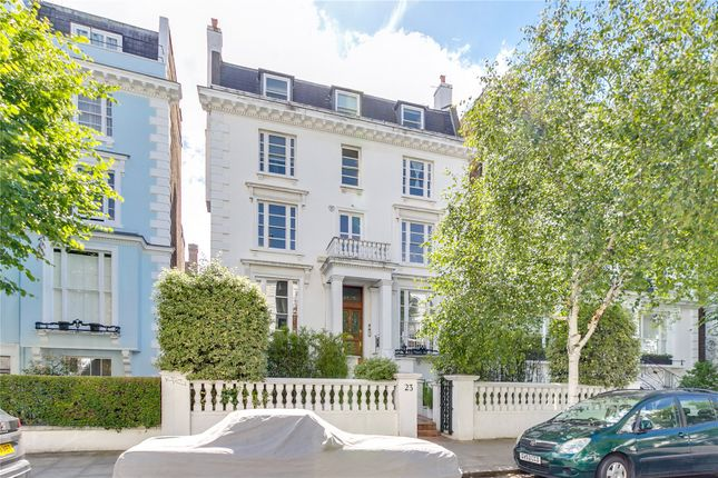 Thumbnail Flat for sale in Pembridge Crescent, London