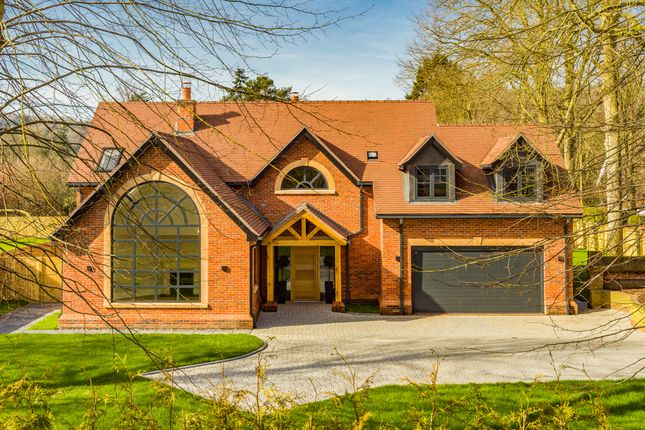 Thumbnail Property for sale in Manor Croft, Goring On Thames