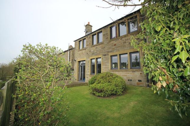 Thumbnail Detached house to rent in Sunside, Stocksmoor, Huddersfield