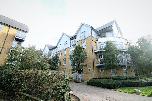 Thumbnail Flat to rent in St Andrews Close, Canterbury, Kent