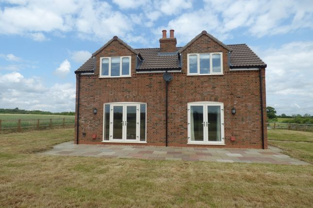 Thumbnail Detached house to rent in Church Road, Flitwick