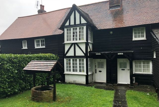 Thumbnail Cottage to rent in Whites Cottages, Pickhurst Green, Hayes