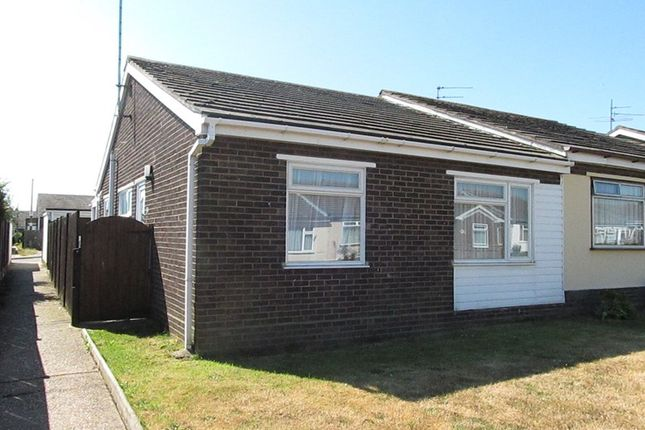 Thumbnail Bungalow to rent in Pelham Close, Dovercourt, Harwich