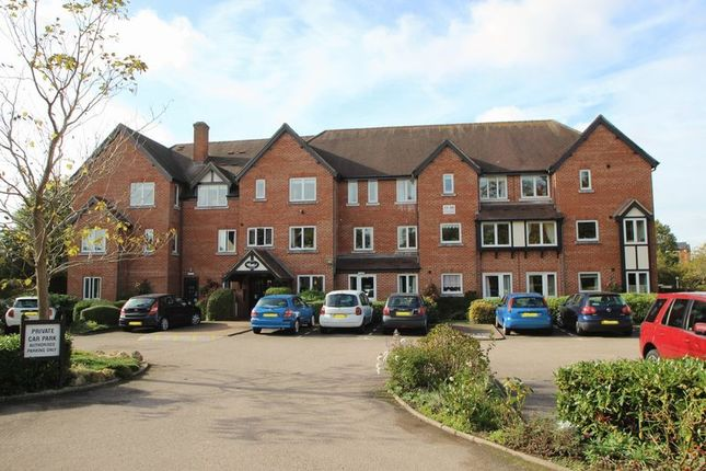 Thumbnail Flat for sale in Swan Court, Banbury Road, Stratford-Upon-Avon