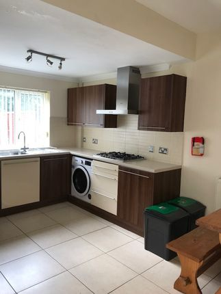 Room to rent in Elba Crescent, Crymlyn Burrows Swansea SA1