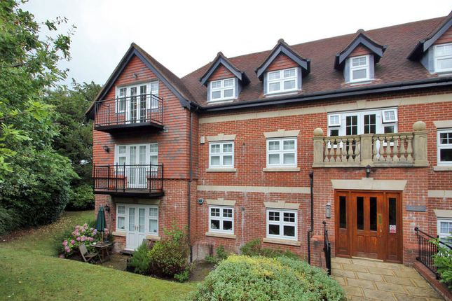 Thumbnail Flat for sale in 216 Forest Road, Tunbridge Wells