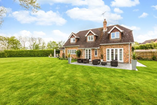 Thumbnail Detached house to rent in Nursery Close, Hurst, Reading