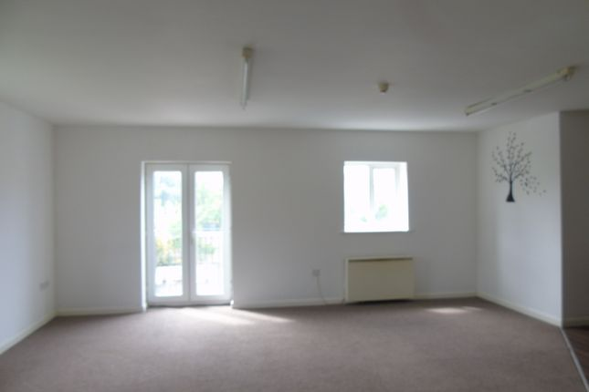 Thumbnail Duplex to rent in Eastbank Street, Southport