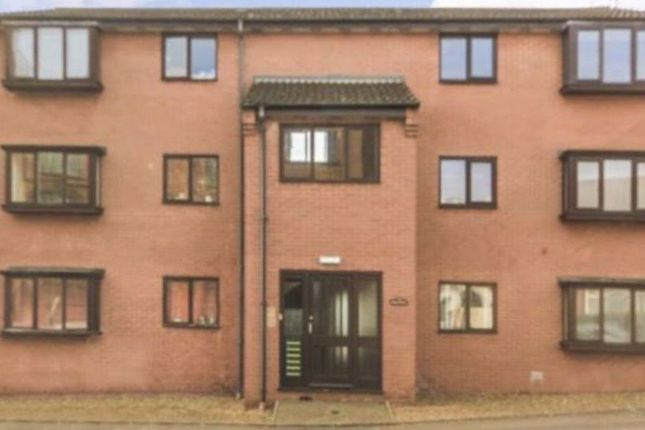 2 bed flat to rent in Strode Road, Wellingborough NN8