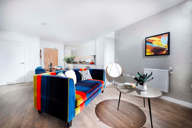 Thumbnail Flat for sale in Ealing Road, Alperton